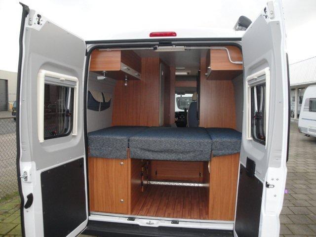 vinken-asten-camper-carabus-bus-weinsberg-kopen-huren-2013-nieuw-achter